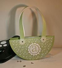 Monogram_circle_handbag_2