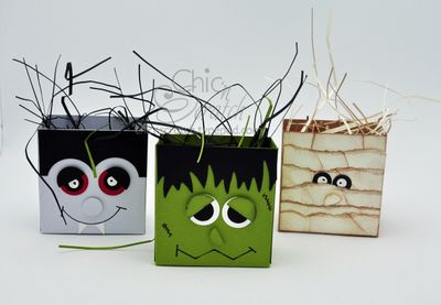 Little Halloween boxes